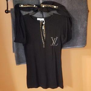 Louis Vuitton Black Emblem LV Blouse Size MEDIUM